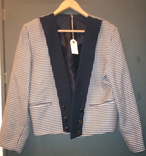 Vintage 80s Made In Finland Navy and White Houndstooth Check Blazer